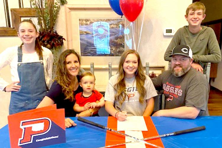 CHS golfer Gracie Huntress signs with OPSU