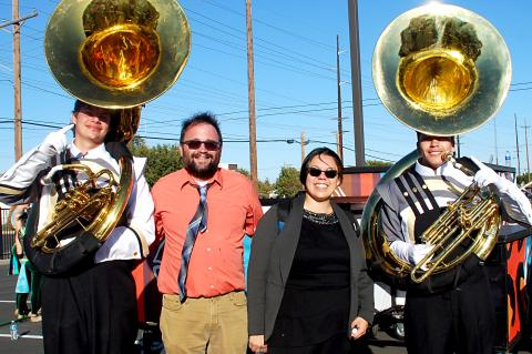 The Edwards with tubas Austin Gravitt and Alan Jara, during Area pre-finals warm-up