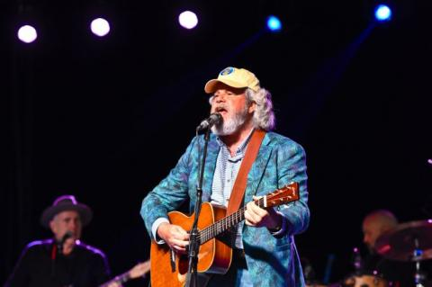 photo of Robert Earl Keen by Laurie Ezzell Brown