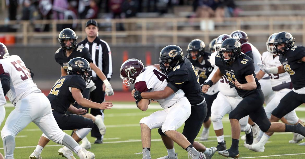 Canadian Wildcats beat Tulia Hornets: Homecoming 2019