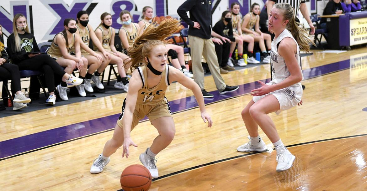 Lady Cats stack up back-to-back wins for early district lead